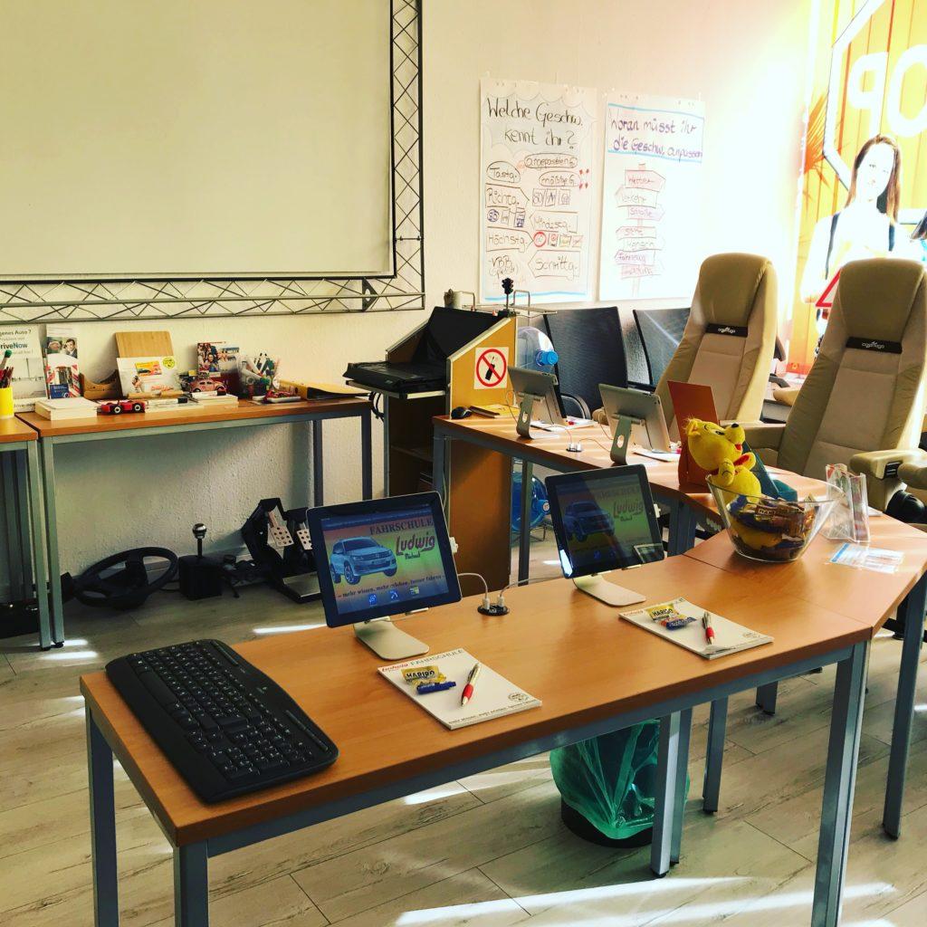 Unterrichtsraum der Fahrschule Düsseldorf
